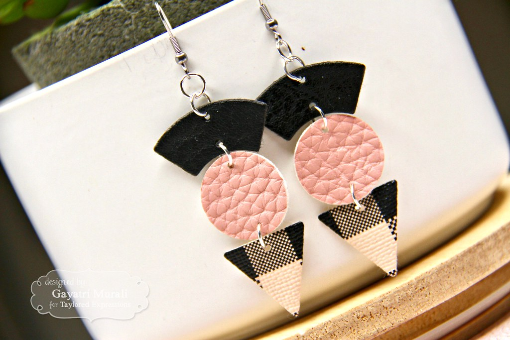Pink and Black earring #3 closeup1