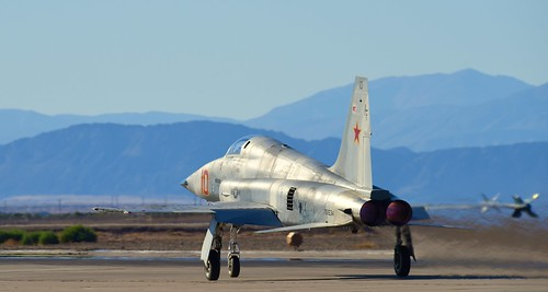 US NAVY (NORTHROP) F-5  NAF EL CENTRO Ca