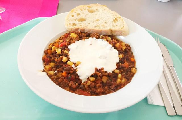 Turkish lentil stew / Türkischer Linseneintopf