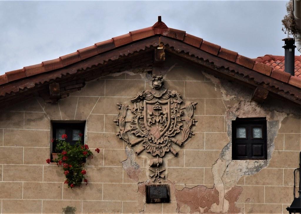 Casa blasonada (Villoslada de Cameros, La Rioja, España, 6-10-2019)
