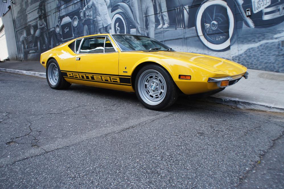 De Tomaso Pantera Amarelo 1972