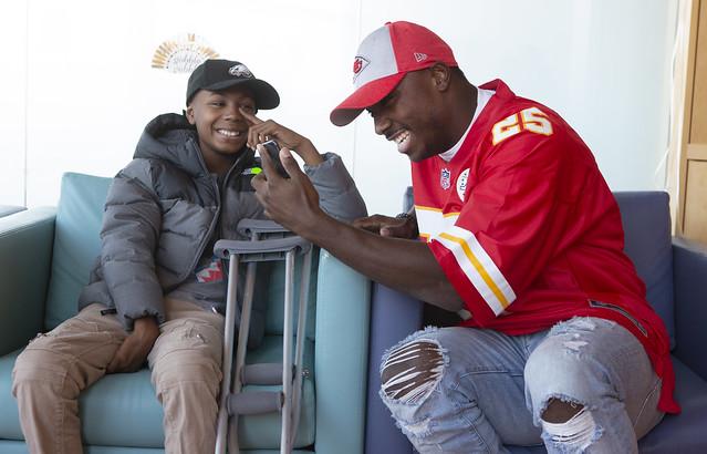 LeSean McCoy visits Penn State Children's Hospital