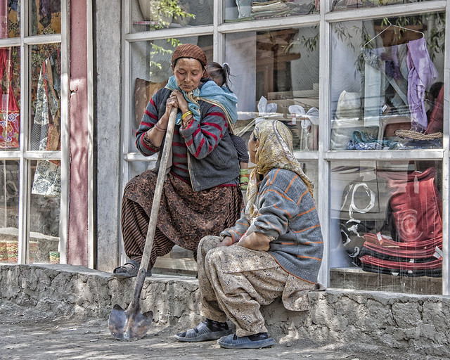 Taking a break - Ladakh 2011