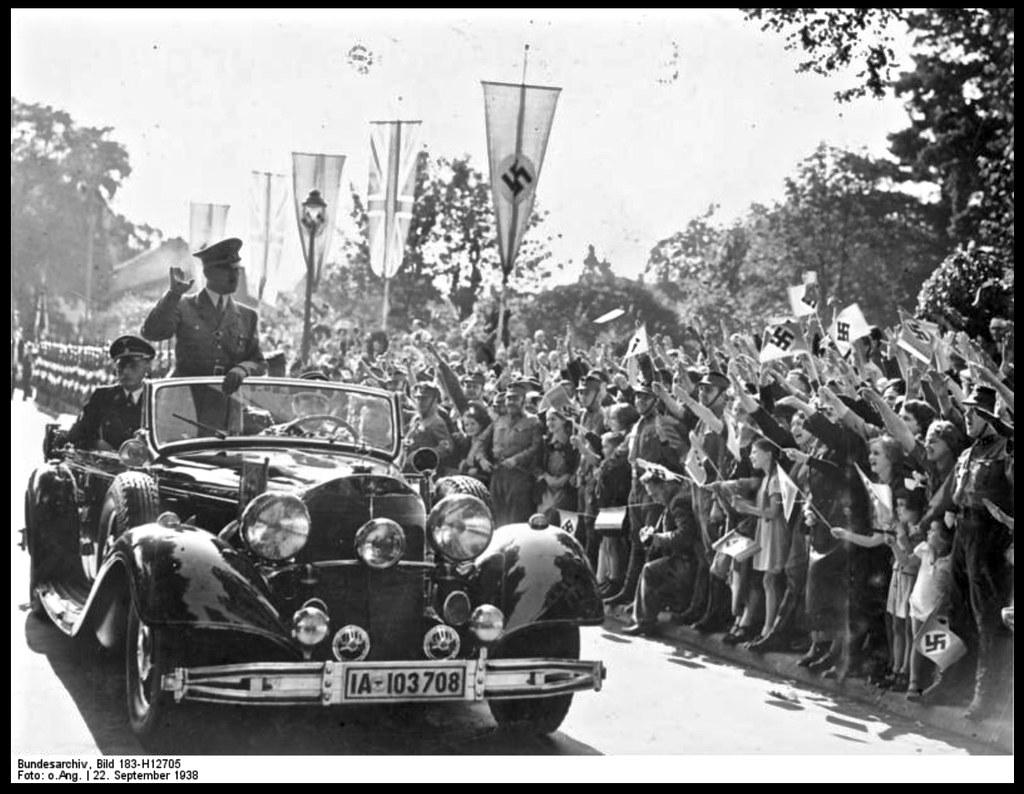 #pha.005142 Photo MERCEDES-BENZ 770 CABRIOLET 1938-1942 Car Auto