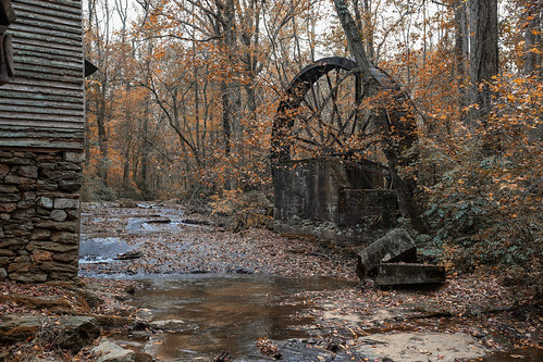 canon 6d 1740mml lens greenvillesc gilreathmill upstate sc south carolina creek waterwheel old fall foliage autumn scenic landscape rural country building rustic vanishing vintage america usa rfd decay abandoned past aging serene november gristmill southern river stream