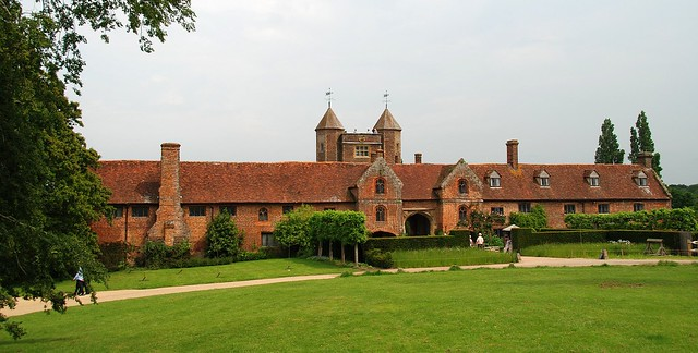 Sissinghurst Castle & Garden - The Gateway to a Dazzling Day Out!