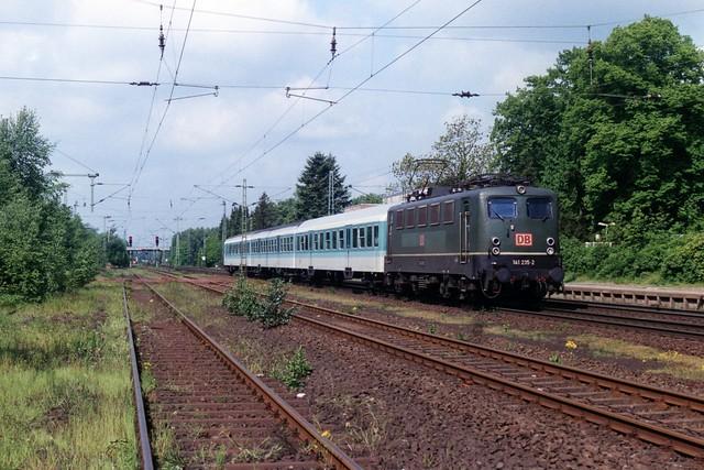 141 235-2 te Ottersberg op 14-5-1999 (SCAN)