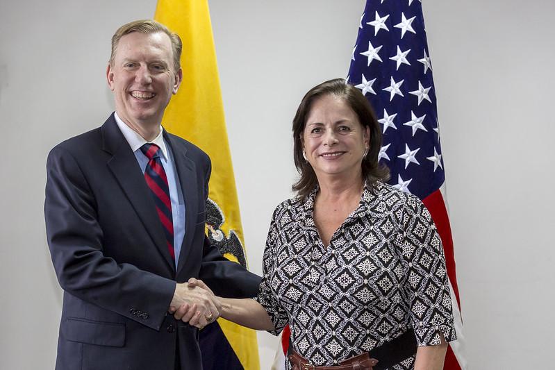 Firma de convenio entre Ministerio de Educación y Embajada de los Estados Unidos