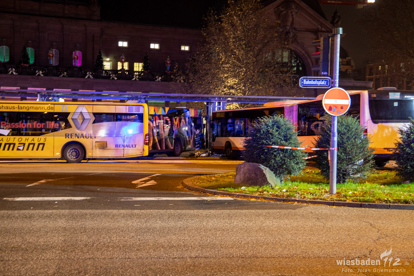 Busunfall Wiesbaden Hauptbahnhof (18 von 21)