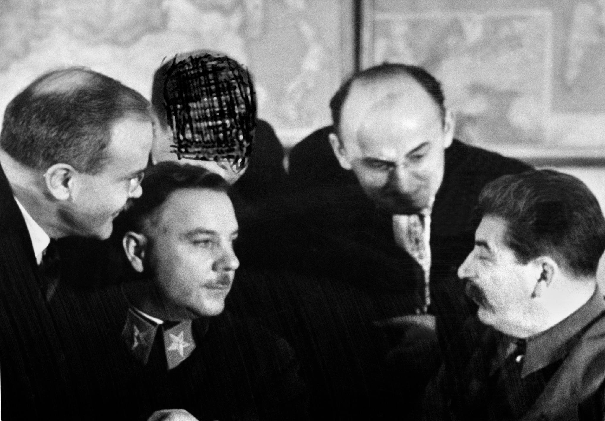 1936. Вячеслав Молотов, Климент Ворошилов, Лаврентий Берия и Иосиф Сталин