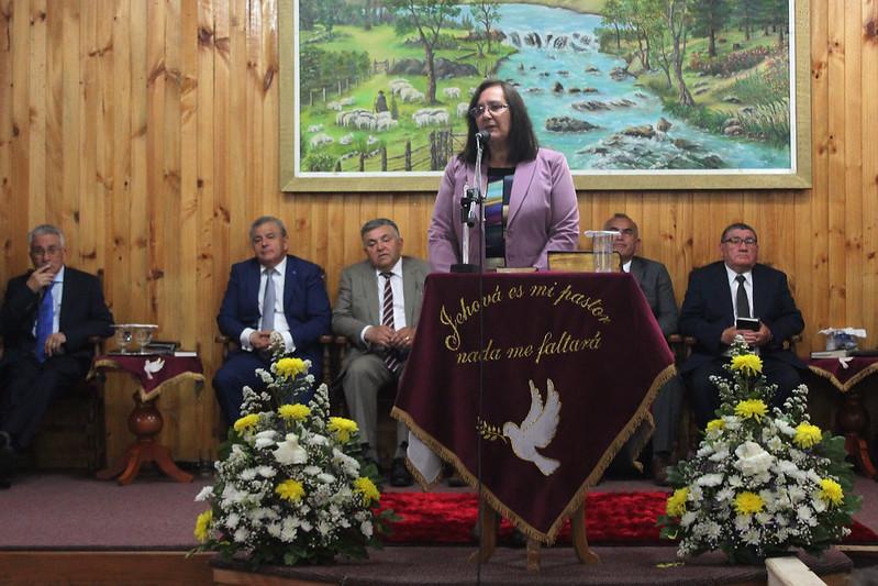 Obispo Bernardo Cartes y Diaconisa Alicia Reynero visitan Iglesia de Curacautín