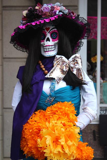 Dia de los Muertos Mannequin