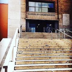 #Buongiorno Sapienza con una foto dell'Edificio di Giurisprudenza di @__clarissafontana Repost: «Work work work :two_hearts: #followforfollowback #likeforlikes #followforfollowback #picoftheday #picture #coez #roma #picsart #likeforlikes #follow4followbac