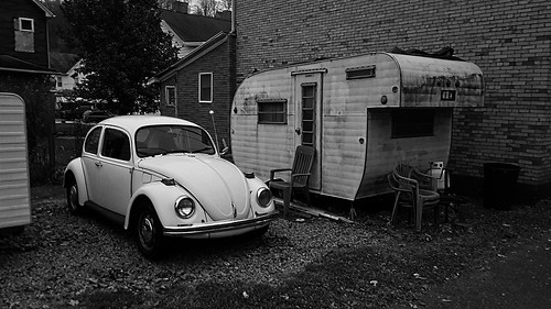 Beetle and Trailer