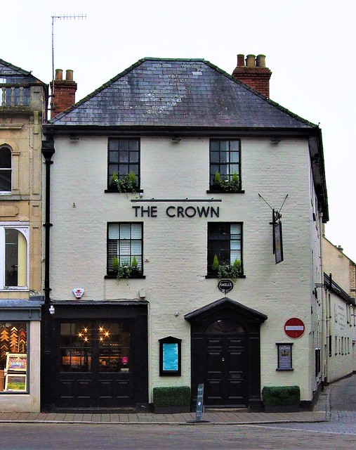 The Crown Pub In Cirencester - Gloucestershire.