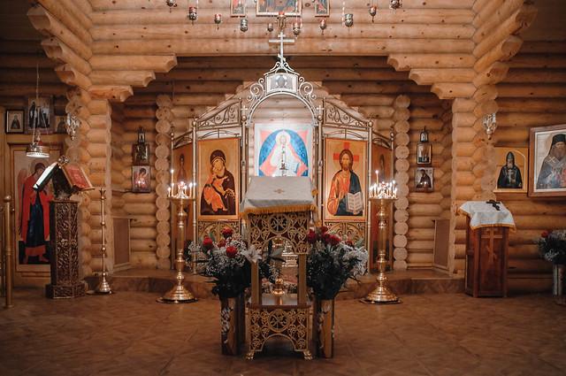 Литургия в храме Архистратига Божия Михаила г. Всеволожска