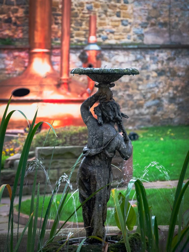 La fontaine Météor... 49103481657_ff622456ce_b