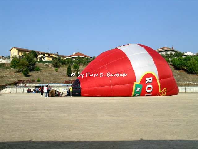 Fragneto Monforte (BN), 2008, XXII raduno internazionale di mongolfiere.