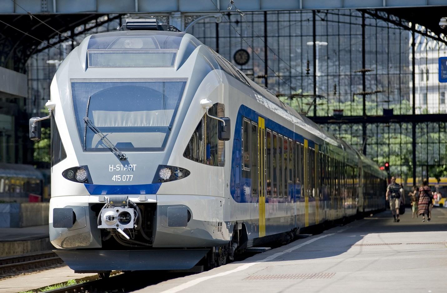FLIRT motorvonatok is járnak majd Szegedre decembertől