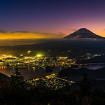 15. November 2019 - 17:22 - Mount Fuji during the blue hour