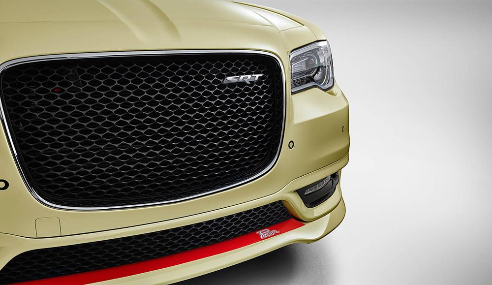 Chrysler-300-SRT-Pacer-one-off-4