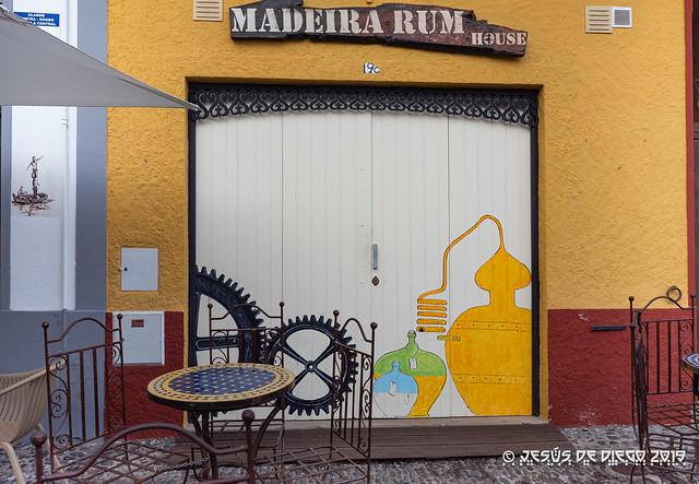 graffiti - old zone (Funchal)
