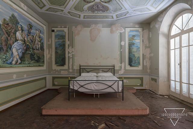 Fetish Bedroom.