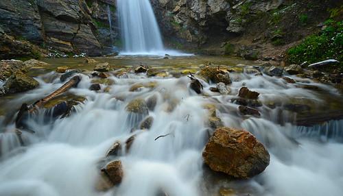 waterfalls waterflow watermotion waterpools utah nature landscape longexposure rocks rock rockformation springtime runoff