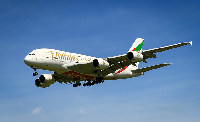 20191121_2461_7D2-75 A380 A6-EUK