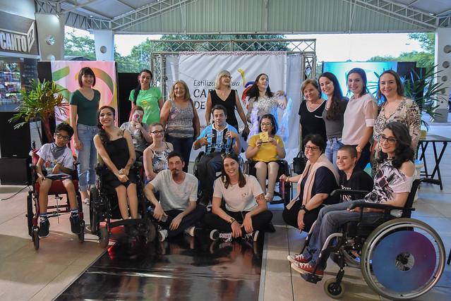 Desfile e oficinas - Estilização de cadeiras de rodas