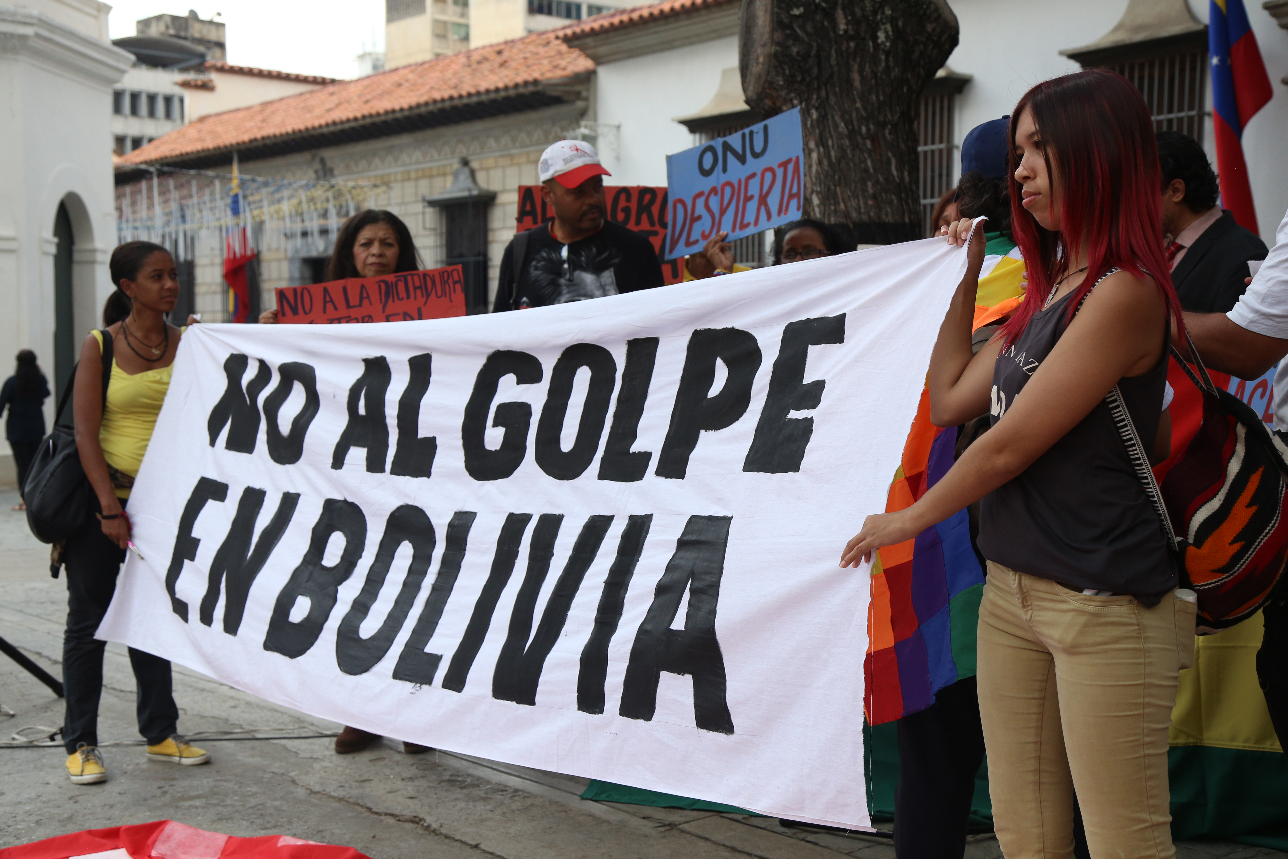 Desde Venezuela el comité de Solidaridad con Bolivia expresa su respaldo a Evo Morales y al aguerrido pueblo boliviano