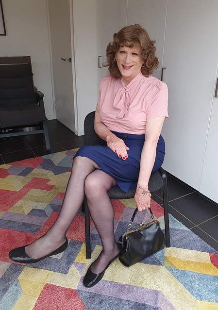 Pink pussy bow blouse and pencil skirt