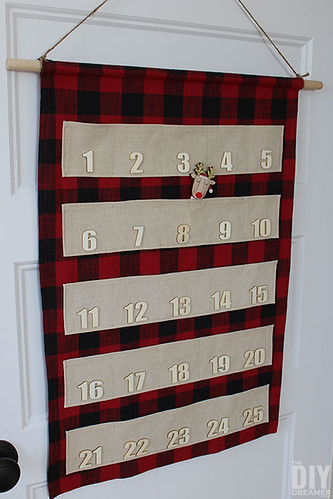 how-to-sew-a-fabric-advent-calendar with pockets