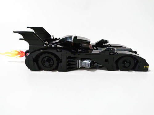 LEGO Batman 1989 Batmobile - Limited Edition (40433)