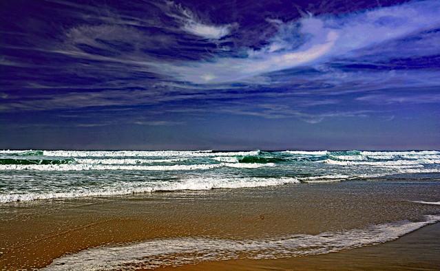 Le ciel est bleu, la mer est verte ...