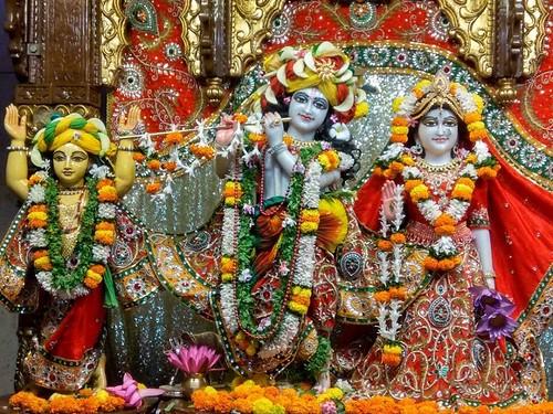 ISKCON Kolkata Deity Darshan 23 Nov 2019
