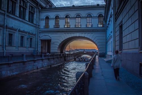 coucher de soleil sur le pont lermitage saint petersbourg russie nikon d750 sunset neva river bridge water national outside nikkor