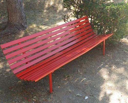 panchina-rossa-e1510837941583
