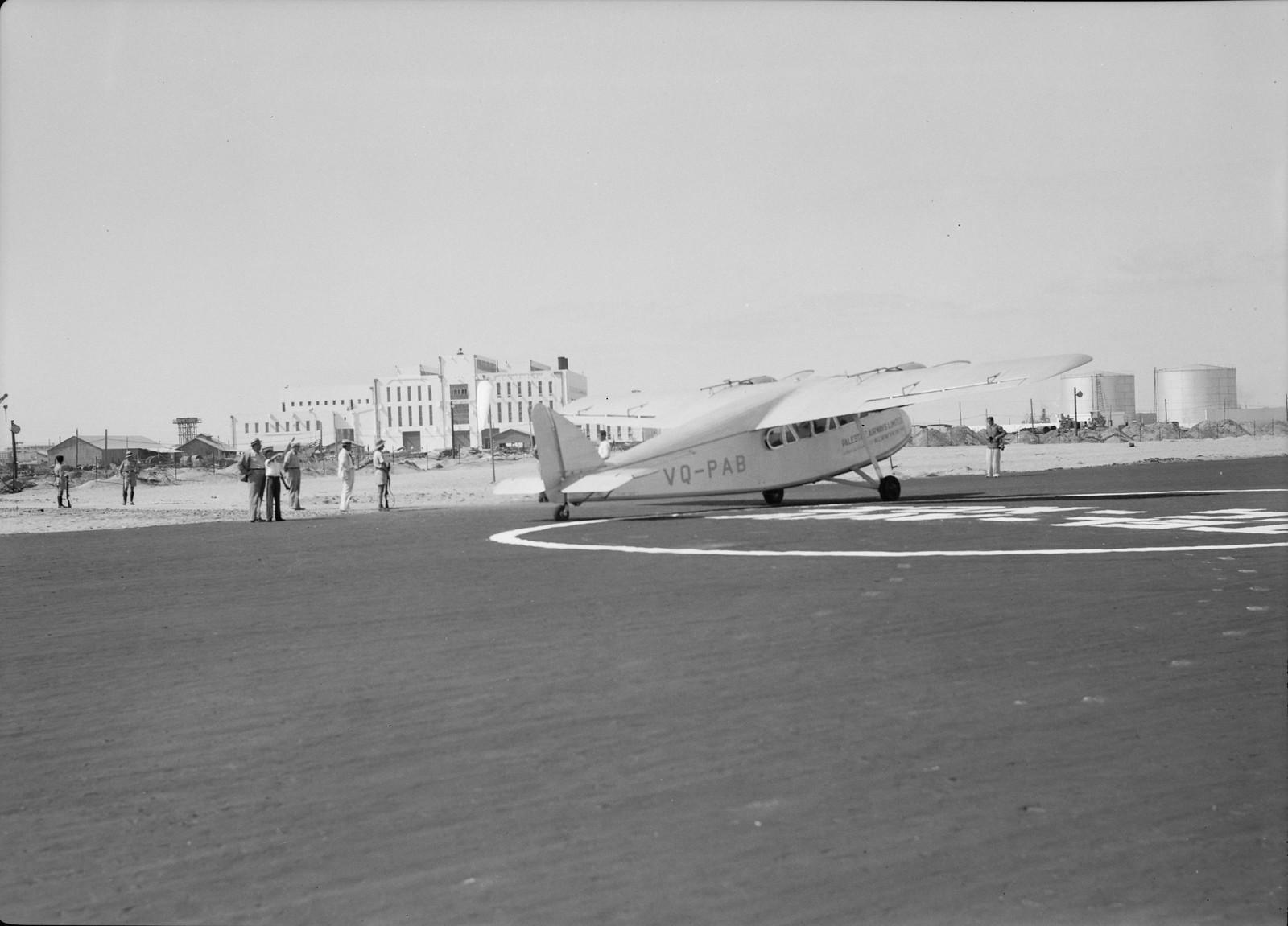08. Самолет «Палестинские авиалинии» готов к первому вылету с нового аэродрома