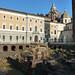 Římské divadlo před křídlem královského paláce, foto: Petr Nejedlý