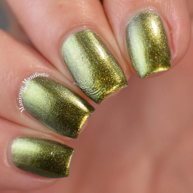Paint It Pretty Polish Bah Humbug review