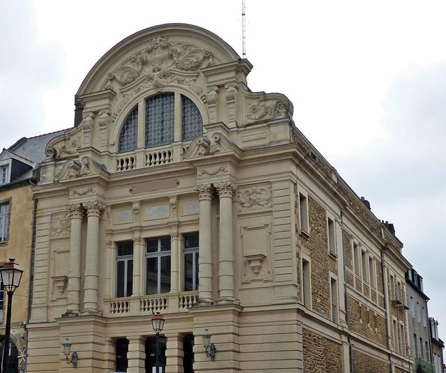 Théâtre Victor-Hugo...Fougères