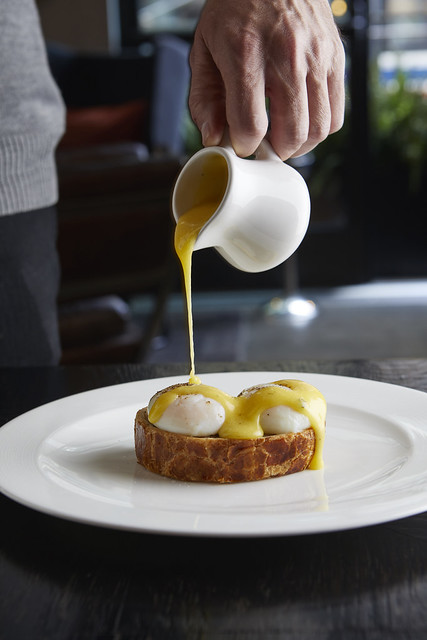 About Last Knife_Wellington Benedict