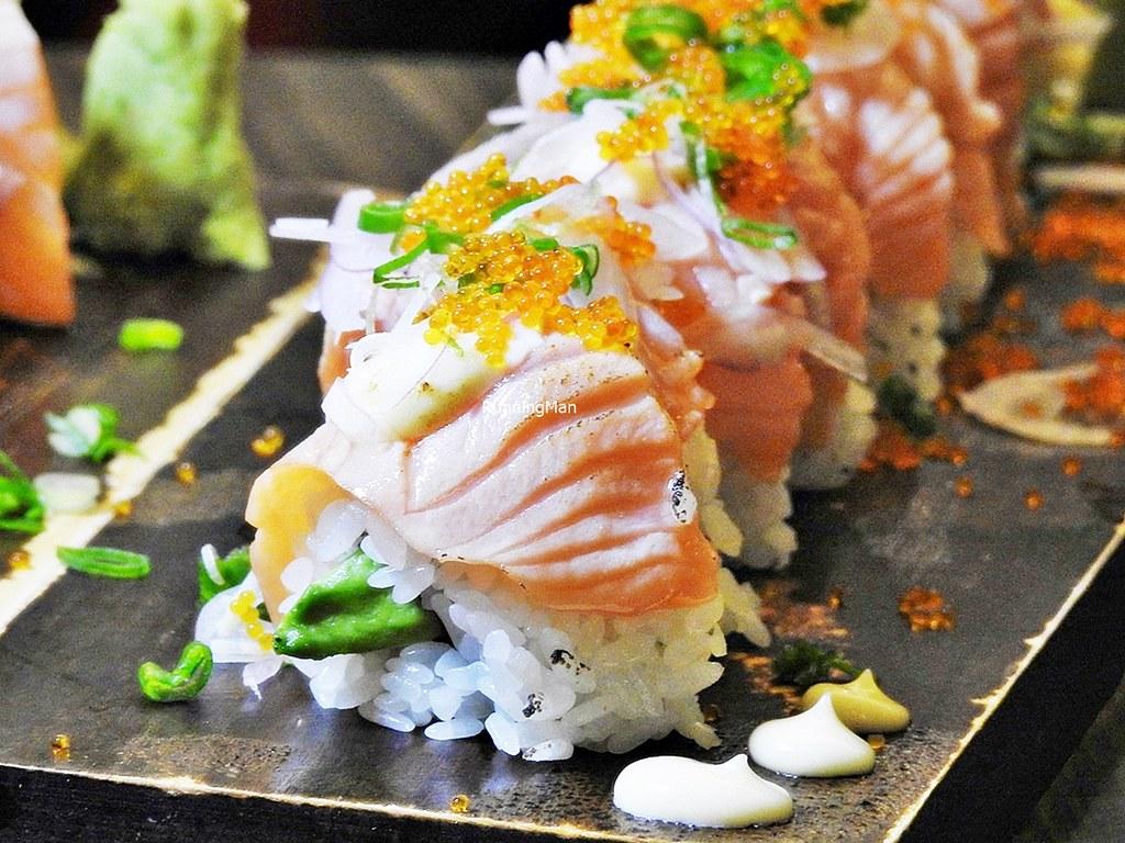 Aburi Salmon Avocado Roll