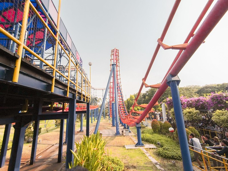 Roller Coaster Dufan Ancol