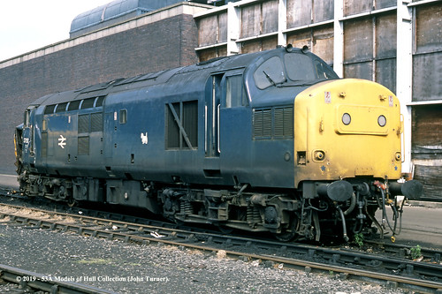 britishrail englishelectric type3 class37 37157 diesel brel doncaster southyorkshire train railway locomotive railroad