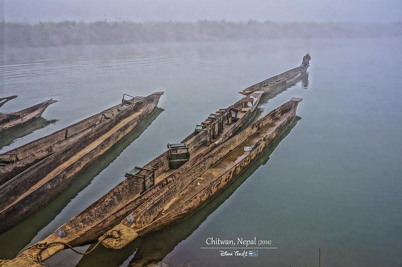2014 Nepal Chitwan Canoeing