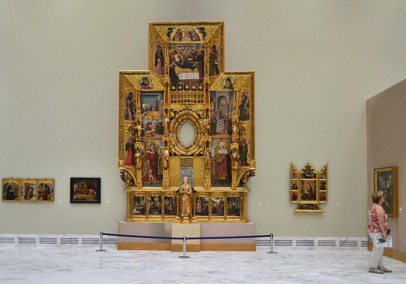 Interior_del_museu_de_Belles_Arts_de_València,_retaule_de_la_Puríssima_Concepció (1)