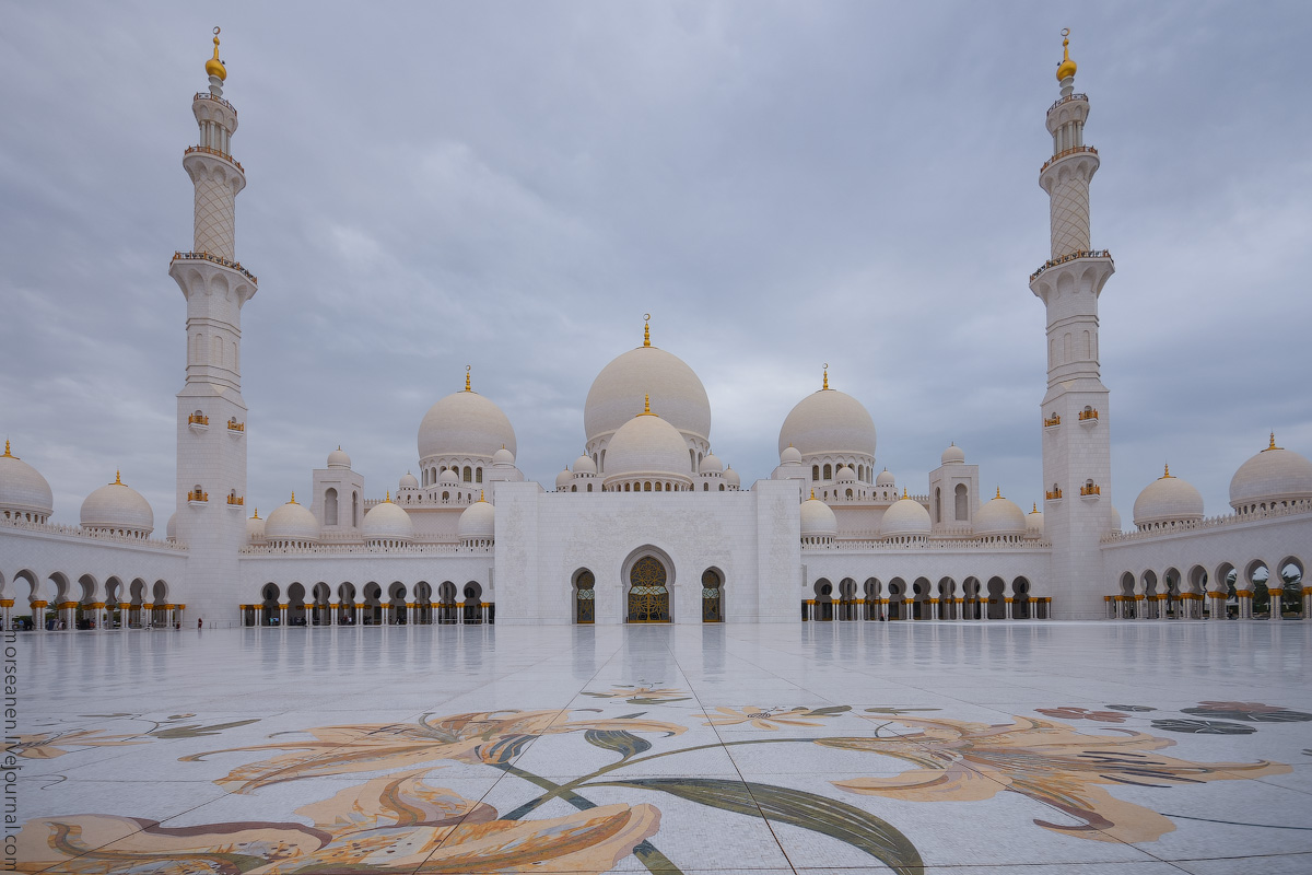 АБУ-ДАБИ: БУДНИ И ПРАЗДНИКИ НЕФТЯНОЙ АРХИТЕКТУРЫ Mosque-Abu-Dhabi-(16)