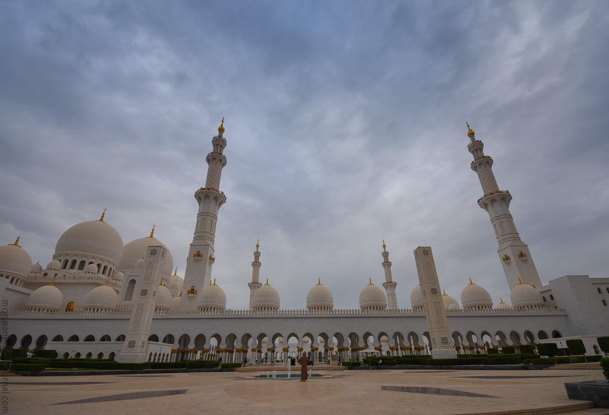 Mosque-Abu-Dhabi-(2)